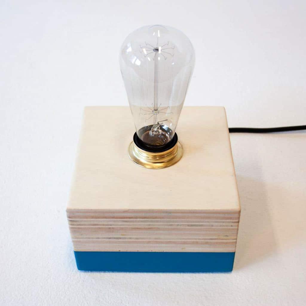 Nieuw ontwerp tafellamp: Layer Light Cube